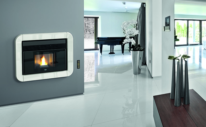 cheminee insert a granules pellet eva calor tommy 11 kw 190 m3. Black Bedroom Furniture Sets. Home Design Ideas
